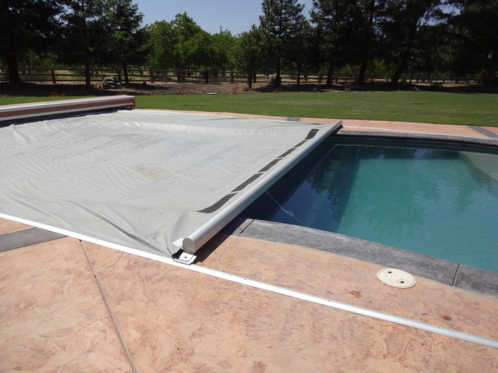 Pool Covers Beachcomber Lethbridge Hot Tubs Pool And