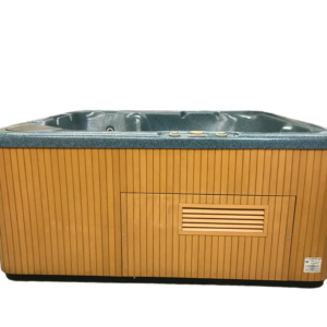 Preowned Beachcomber 350 Hot Tub